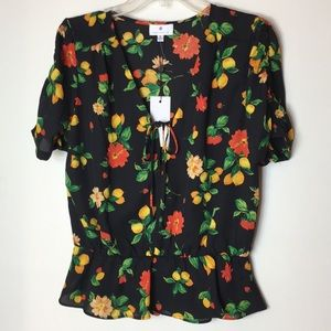 Socialite new Women blouse size M